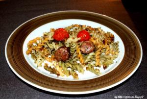 Makaron z kiełbasą – czyli obiad w 10 minut!