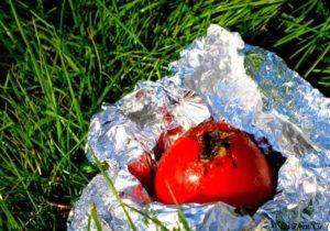 Zgrillowany pomidor z czosnkiem