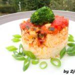 Pieczony łosoś w sosie pomidorowym