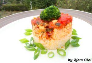 Łosoś z pieca w sosie pomidorowym