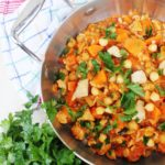 Ciecierzyca z kurczakiem w pomidorach - obiad w 30 minut