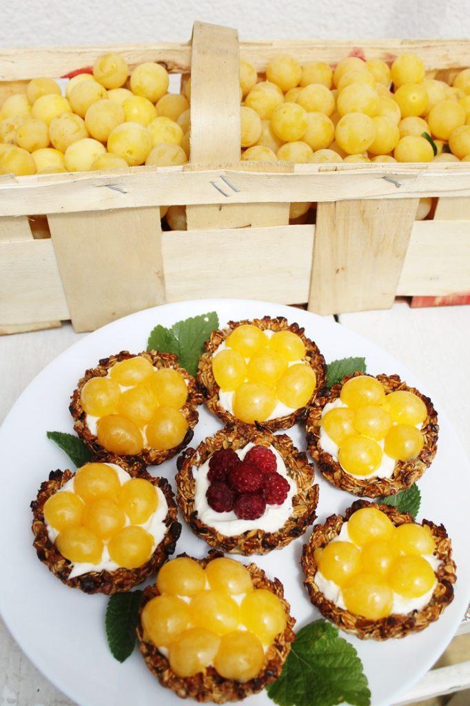 Tartaletki owsiane z mirablekami